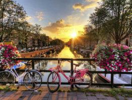 amsterdam-in-spring20160802T150246456Z